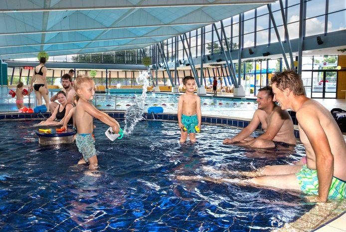 Eindhoven ED2020-5346 Het *Ottenbad* is weer open voor recreanten.