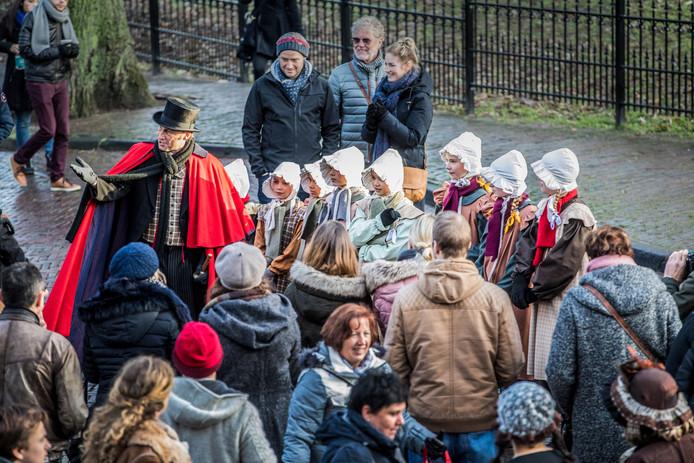 Impressie van het Dickens Festijn anno 2017 in het historische Bergkwartier.