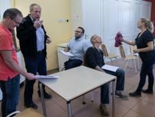 Het was vijf voor twaalf voor toneelgroep De Kring in Someren-Eind