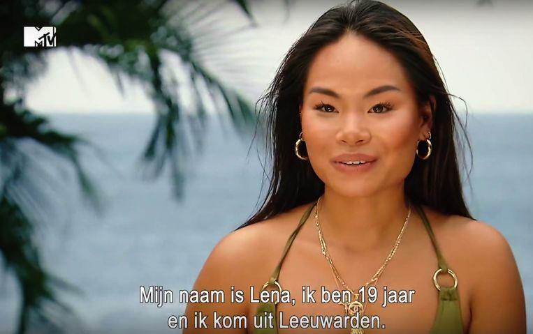 Lena uit het vierde seizoen van 'Ex on the Beach: double Dutch'