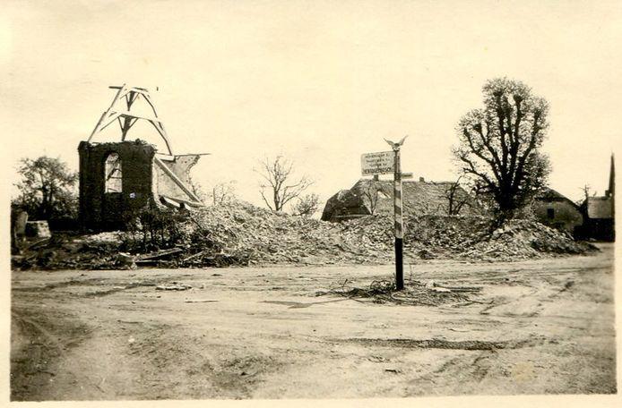 De St. Trudokerk in Herpt, na de nacht van 4 op 5 november 1944