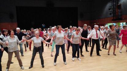 50-plussers uit de bol op de dansvloer