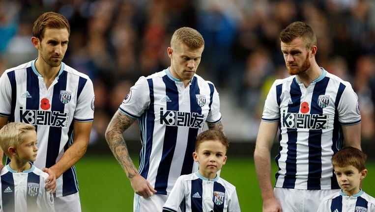 In de Britse Premier League zijn de klaprozen wel gewoon te zien, zoals hier bij West Bromwich Albion - Manchester City. Beeld photo_news