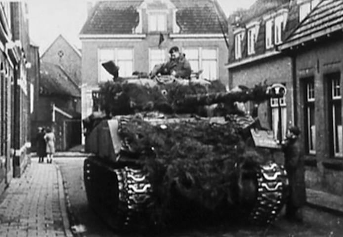 Bij de bevrijding van Borne op 3 april 1945 vielen geen doden. Honderden infanteristen van Dorset marcheerden het dorp binnen, gevolgd door tanks van de Sherwood Rangers en Royal Dragoons.