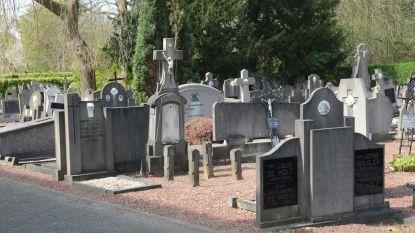 Nieuw reglement over kerkhoven: grafmonumenten mogen in bruikleen of onder peterschap en geen ruimingen meer in Doel