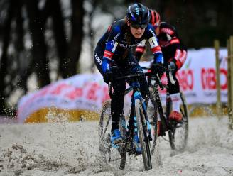 "Lucinda Brand klopt in Zilvermeercross Denise Betsema: ""Sterk aan elkaar gewaagd"""