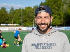 Michiel Franck is steeds beter op zijn plek bij de hockeysters van Wageningen