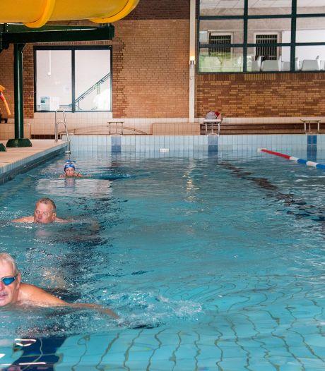 Zo zwem je in coronatijden: spontaan een duik nemen is er nog even niet bij