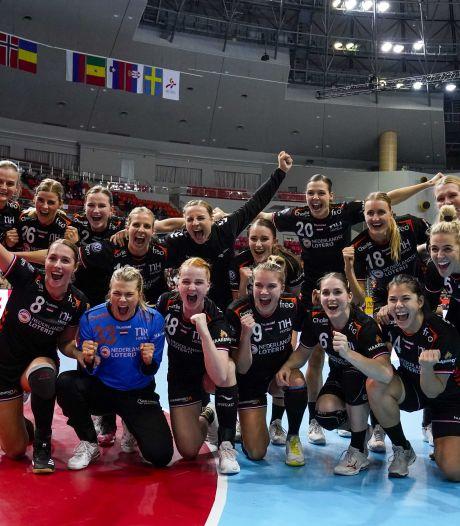 Servië helpt handbalsters met winst op WK