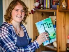 """Jade (23) schrijft haar eerste fantasyboek: """"Hier droom ik al jaren van"""""""