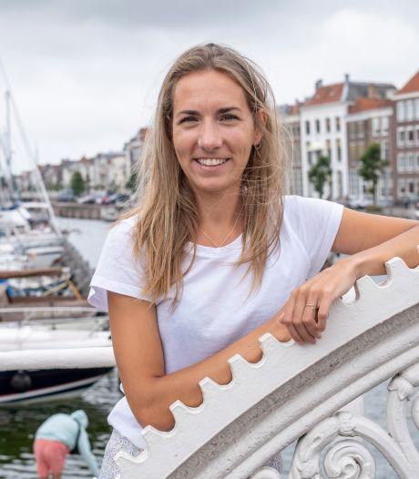 Daisy (28) zeilde een jaar lang de wereld over. 'We zaten op zee, en onze boot dreef naar de rotsen'