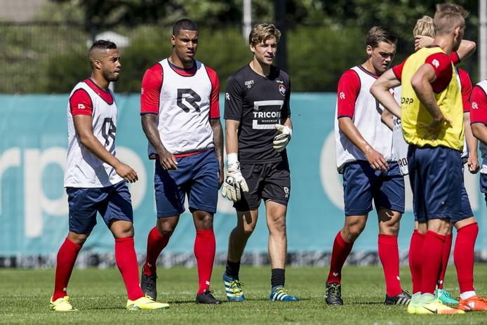 Pele van Anholt (links) en Darryl Lachman (rechts naast hem) bij Willem II.