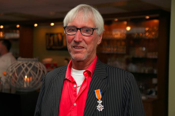 Jos Hommel uit Oud-Vossemeer is zaterdag benoemd tot Lid in de Orde van Oranje Nassau.