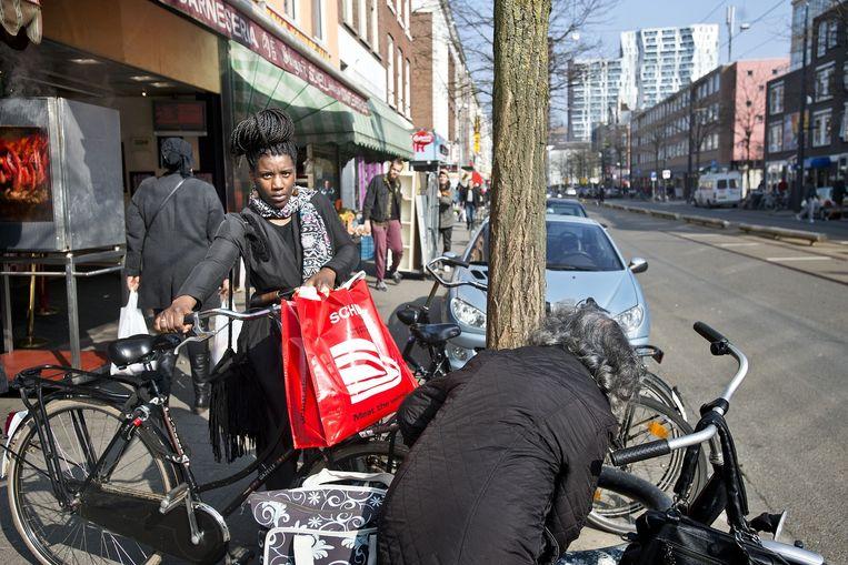 De Kruiskade in Rotterdam Oud-West. Beeld Guus Dubbelman / de Volkskrant