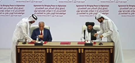 VS en Taliban tekenen vredesakkoord na twintig jaar bloedige strijd