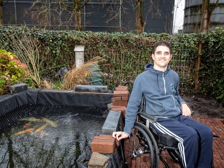 Maarten (26) is 14 maanden na noodlottige val van ladder weer thuis: 'Het voelt nog onwennig'