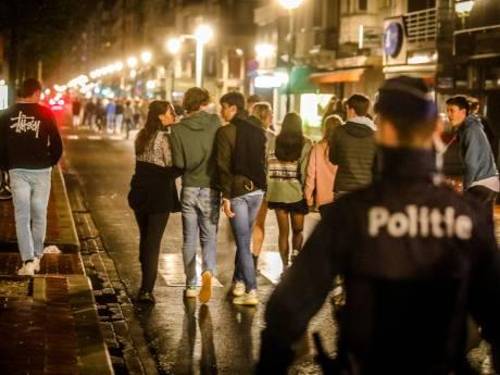 Nederlandse jongeren opgepakt na onrustige nacht in Belgische badplaats