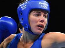 Toch geen wereldtitel boksen voor Fontijn: 'Ze zit er doorheen'