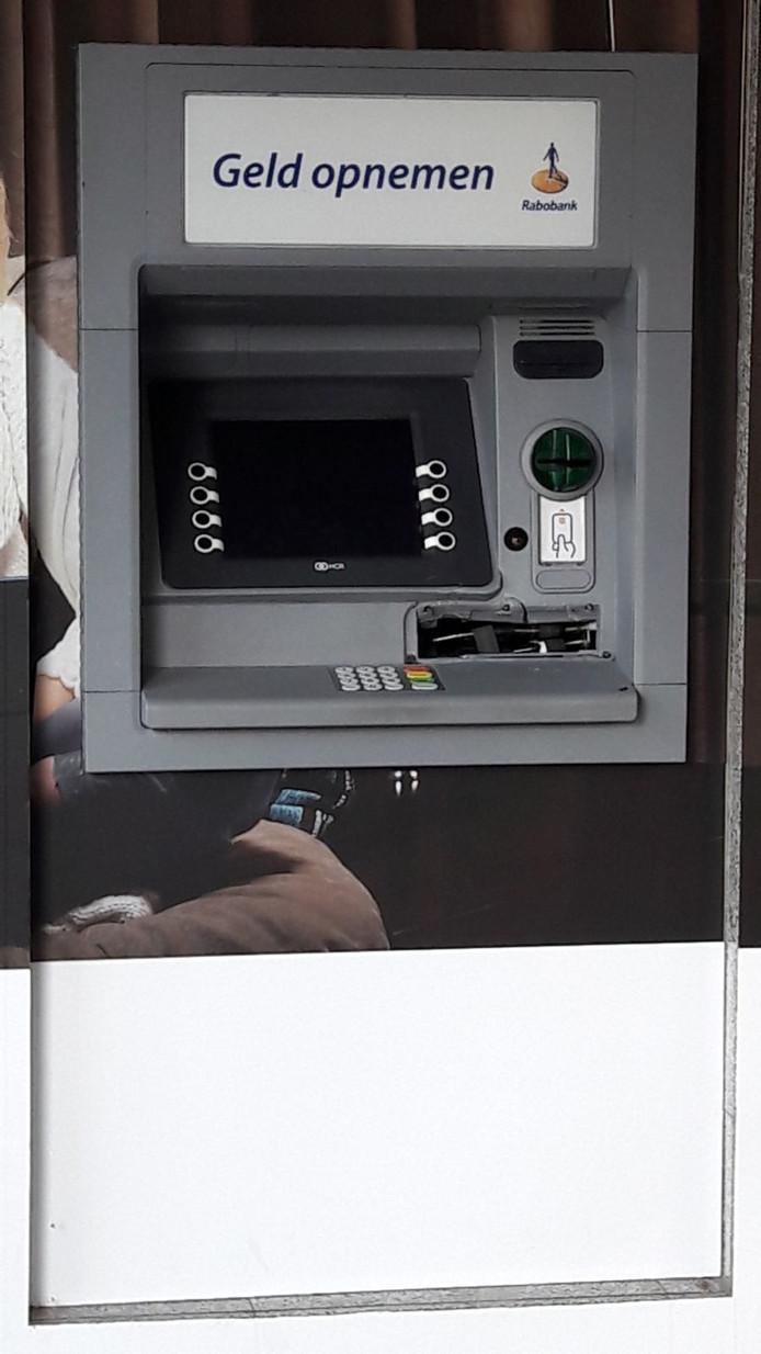 Een van de geldautomaten die onder handen genomen is.