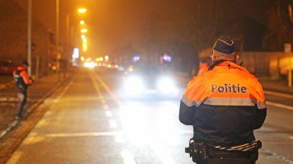 358 bestuurders betrapt op snel rijden en tien chauffeurs onder invloed bij verkeerscontroles, ook vier geseinde personen aangetroffen
