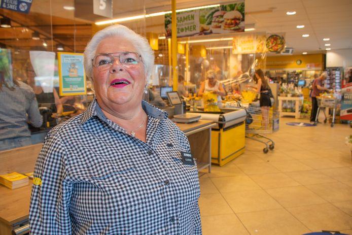 Corrie Kazius (69) op haar laatste werkdag bij Jumbo Nap Polanen in Woerden.