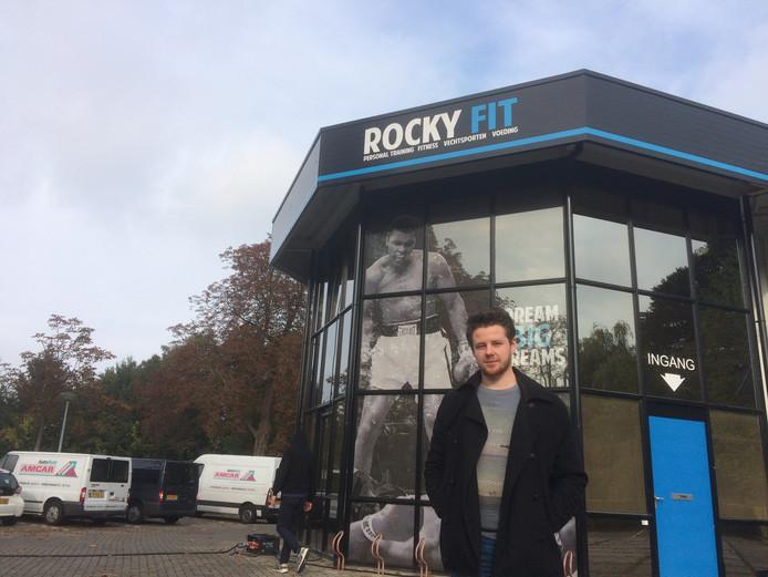 Producent Bryan van Baardewijk voor de Kickboksschool in Warnsveld. Foto: Iris Verbunt