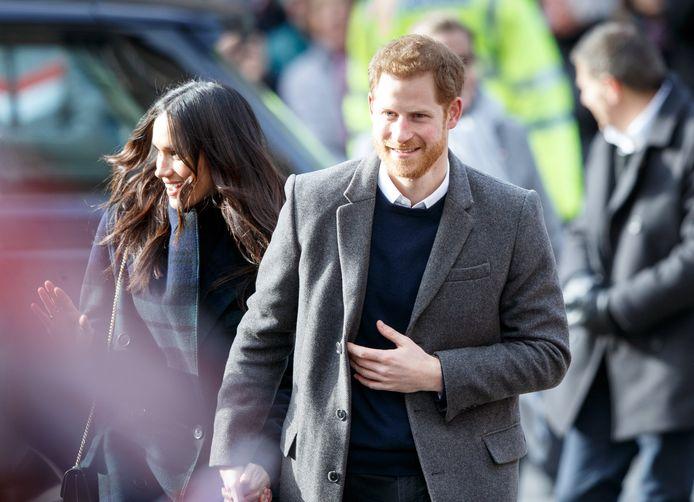 Prinse Harry en Meghan Markle tijdens een bezoekje aan Edinburgh.