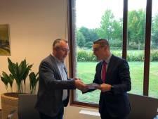Burgerinitiatief verzamelt 888 handtekeningen voor behoud gemeenschapshuizen in Laarbeek