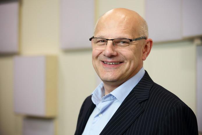 UT-docent Fons Wijnhoven waarschuwt: de grenzen van het internet raken in zicht.