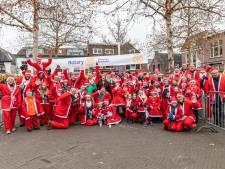 Santa's rennen in Breukelen 1250 euro bijeen voor goede doel