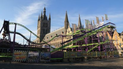 Rollercoaster is blikvanger op Kerst in Ieper