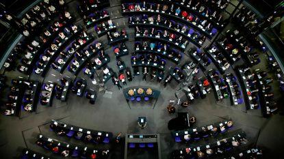 AfD-parlementsleden verlaten Duits parlement tijdens herdenking nazislachtoffers