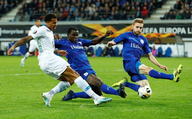 Lukas Nmecha in oktober 2019 aan het werk voor Wolfsburg tegen AA Gent in de Europa League.