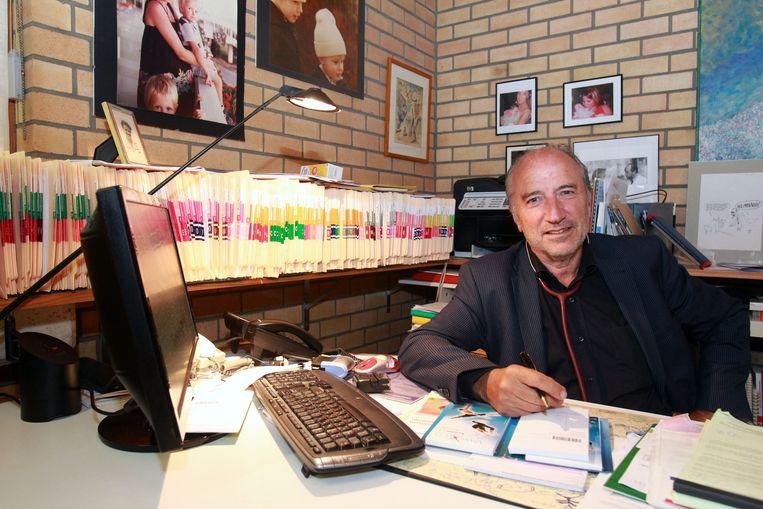 Georges Casteur (67) is een van de meest ervaren huisartsen van Oostende.
