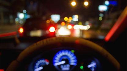 Stomdronken vader van snelweg geplukt met twee kinderen