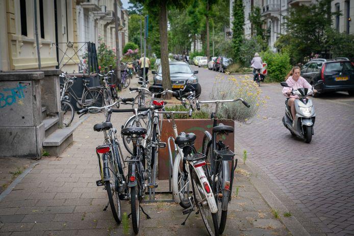 Een meerderheid in de gemeenteraad van Arnhem wil het strengste regiem voor kamerpanden alleen op het Spijkerkwartier loslaten.