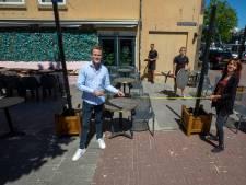 Horecaondernemers bereiden hun terrassen voor op hordes zonaanbidders: 'We hebben echt wat leuks gemaakt'