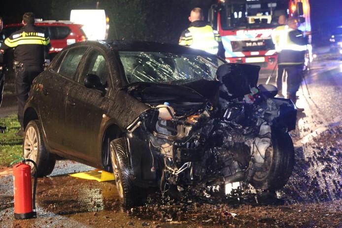 De auto raakte zwaar beschadigd.