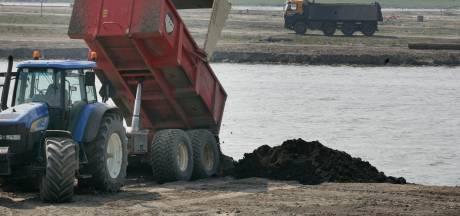 Onrust over vervuilde grond bij de Plas van Heenvliet