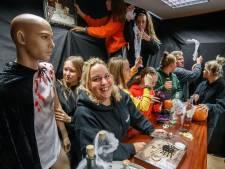 Nog één keer griezelen in het spookhuis in Wouw: 'De belangrijkste regel? Zodra mensen gaan huilen, stop je'