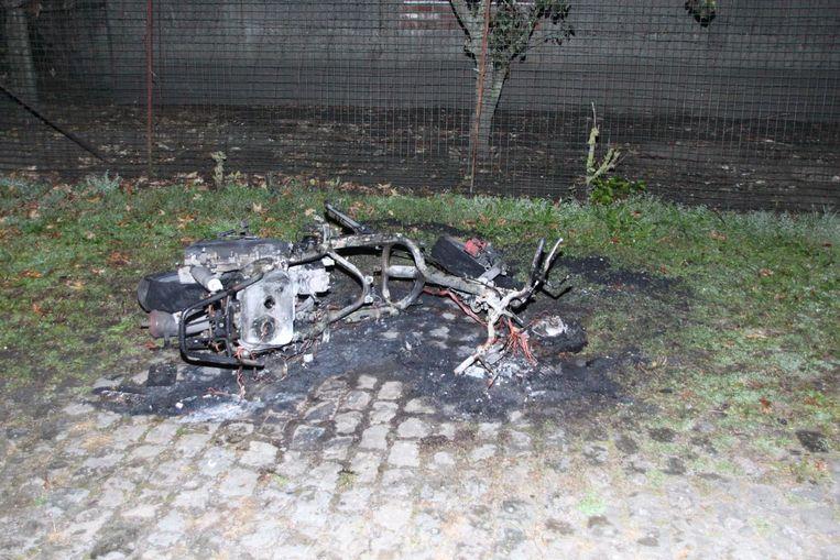 De uitgebrande motor.