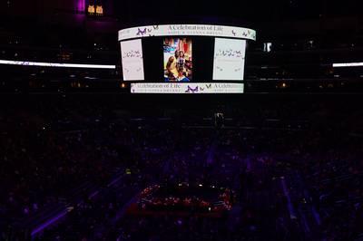 DIRECT VIDÉO: les Lakers rendent un dernier hommage à Kobe et Gianna Bryant