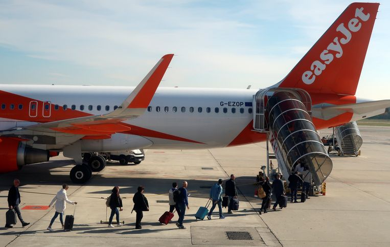 Een toestel van easyJet op luchthaven Malpensa bij Milaan.  Beeld Reuters