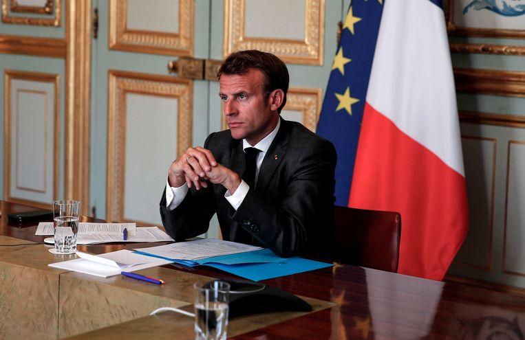 Dat zijn partijleden aan het muiten slaan is een gevoelige tik voor Macron, die tijdens de coronacrisis juist hamert op nationale eenheid. Beeld AFP