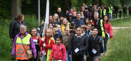 Avondvierdaagse: pedagogisch onverantwoord!