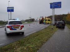 Kop-staartbotsing bij verkeerslichten in Wehl