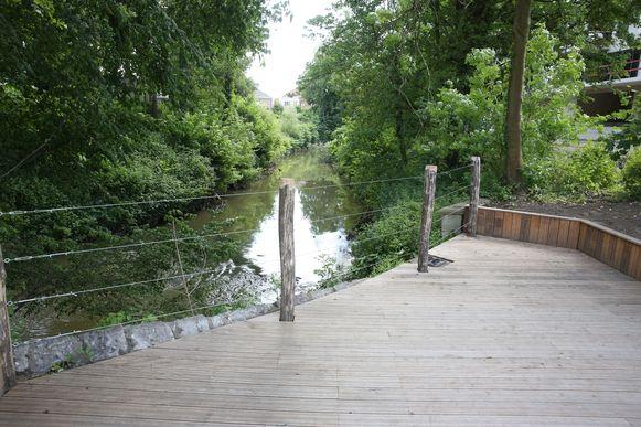 In het Elisabethpark werd al een zenneterras aangelegd maar er komen er nu nog drie bij in Halle.