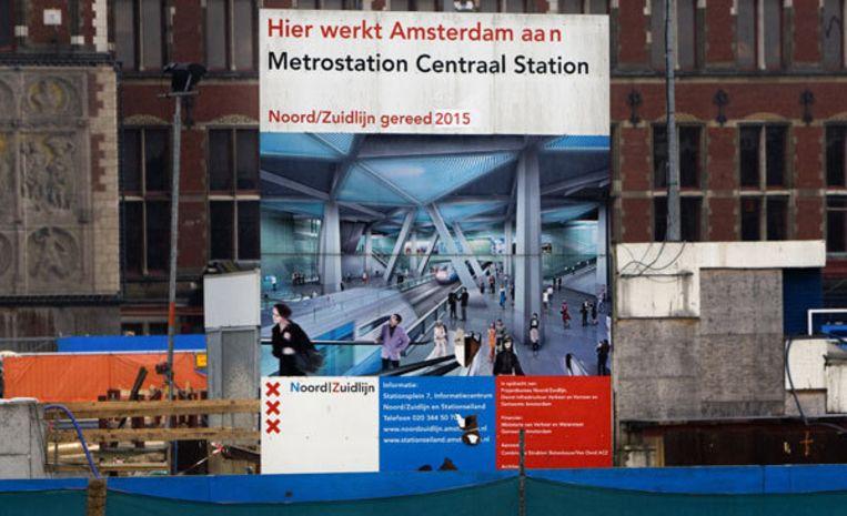 ''We kunnen de Amsterdammers niet in hun sop laten gaarkoken,'' zei D66-Kamerlid Boris van der Ham. Beeld