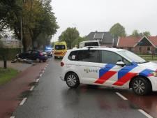 Weg afgesloten na ongeluk tussen auto en crossmotor in Enter