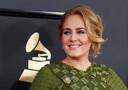 Adele in 2017. De zangeres twitterde na lezing dat het boek haar ingrijpend heeft veranderd.